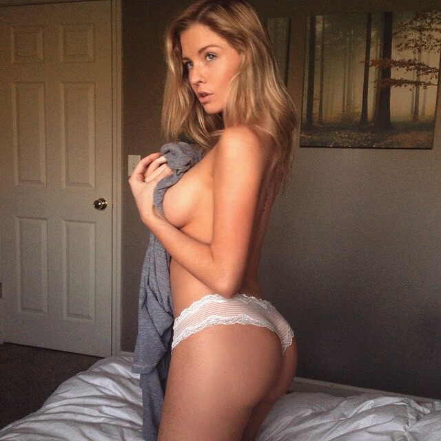 Sexy Instagram You Must Follow, Carly Lauren, Sexy Instagram